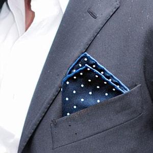 Le pochette eleganti Piacemolto: stile per l'uomo moderno