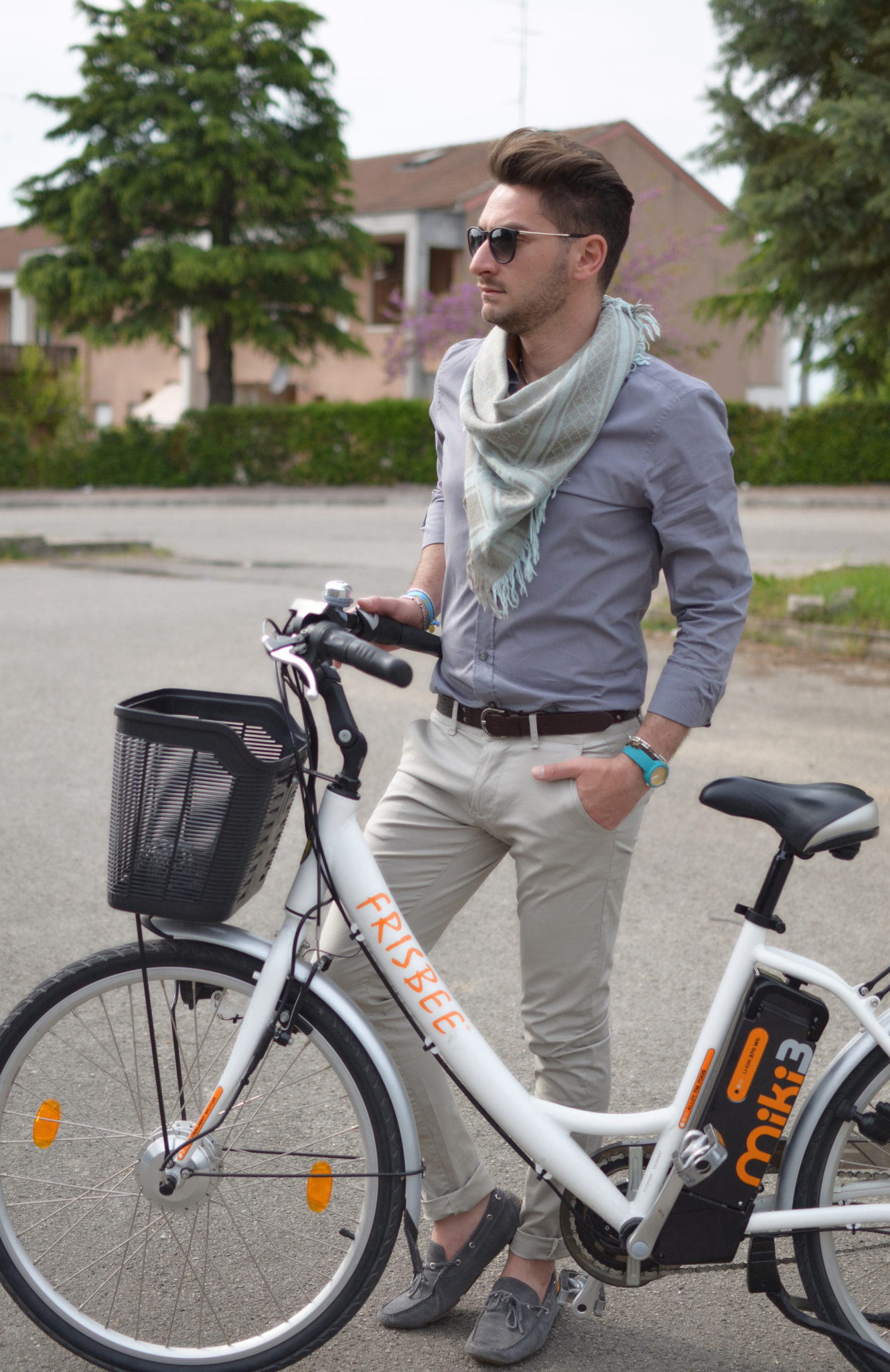 Passeggiando in bicicletta...   Foto Outfit