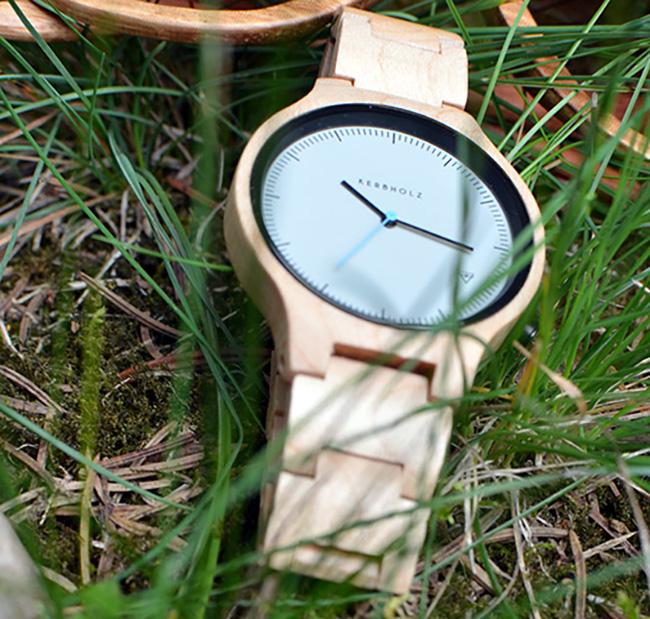 Kerbholz - Occhiali ed orologio in legno