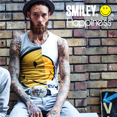 Smiley t-shirt w/ Happiness brand