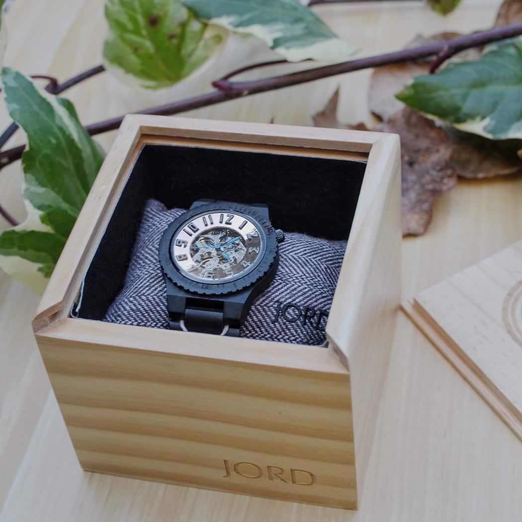 Orologi in legno JORD